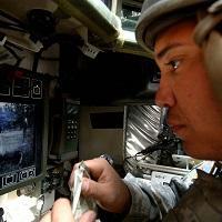 Strykery počítají sumělou inteligencí. Kredit: soldiersmediacenter.