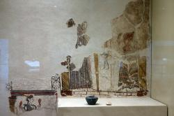 Freska z místnosti 31 na akropoli v Mykénách, 1250 před n. l. Archeologické muzeum v Mykénách, MM 385. Kredit: Zde, Wikimedia Commons. Licence CC 4.0.