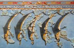 Fragmenty Delfínů z Gla. Archeologické muzeum v Thébách. Kredit: George O. Mustafin, Wikimedia Commons. Licence CC 1.0.