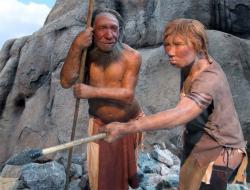 Je�t� ned�vn� na�e p�edstavy, �e u� i Neandert�lkyn� se malovaly, aby byly  neodolateln�, dostala podle v�dc� nyn� siln� na frak. Sp�e si jejich dom�cnost nyn� m�eme p�edstavit tak, �e kdy� se jim jejich nejdra��� vraceli cel� utrm�cen� z lovu, p�ipravovaly jim n�co na zub a s burelem jim to tak dlouho netrvalo. Zcela jist� od n�j m�ly �ern� prsty a kdo v�, pokud si u �moud�c� plotny promnuly o�i, ty o�n� st�ny byly nejsp� tak�. Kredit:  Neandertal-Museum, Neandertal, D�sseldorf, CC BY-SA 3.0