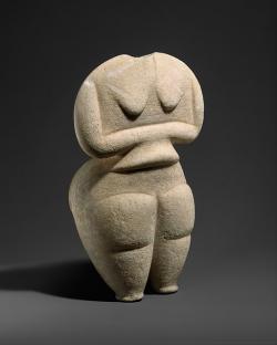 Steatopygous na kykladský způsob, mramor, 4500 až 4000 př. n. l. Kredit: Metropolitan Museum of Art, New York City, Wikimedia Commons