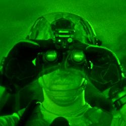 Noční vidění vakci. Kredit: U. S. Department of Defence.