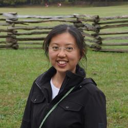 Patricia J. Yang, vedoucí kolektivu zkoumajícího hranatost Vombatích exkrementů. Kredit: PY, Georgia Institute of Technology