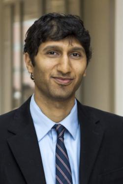Peter Doshi, autor editorialu v BMJ, výzkumník na University of Maryland. (Kredit:  Meta-Research Inovation  Center at Stanford).