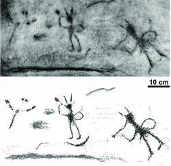 """Petroglyfy neznámého původu a stáří, pravděpodobně přímo související s fosilními stopami dinosaurů z lokality Kontrewers. Tříprsté stopy ptakopánvých dinosaurů zde dávní obyvatelé Svatokřížských hor objevovali odedávna a pravděpodobně se snažili dát jim smysl a zapojit je do svých náboženských či magických rituálů. Postavy dvou rohatých """"hráčů na flétnu"""" jsou velmi výrazné. Kredit: Gierliński, G. D. a Kowalski K. Z.; 2006 (převzato z webu ResearchGate)"""