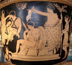 Apollón očišťuje Orestea krví selete, 380 až 370 před n. l. Louvre Museum. Kredit: Bibi Saint-Pol, Wikimedia Commons.