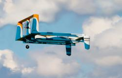 AMAZON své droní želízko v ohni zasílatelského klání testuje v Kanadě.