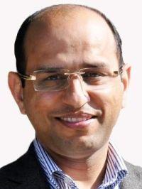 Ravinder Dahiya, vedoucí výzkumného kolektivu. Profesor elektroniky a nanoinženýrství na James Watt School of Engineering. Kredit: University od Glasgow.