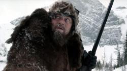 """Co si asi myslí hrdina filmu """"Revenant: zmrtvýchvstání"""", když málem umrzne v divočině? Nejspíše se nemůže dočkat globálního oteplování. Nebo alespoň malé El Niňo by stačilo."""