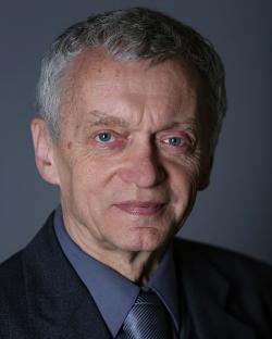Petr Hadrava. Kredit: Stanislava Kyselová, AV ČR via Wikimedia Commons.