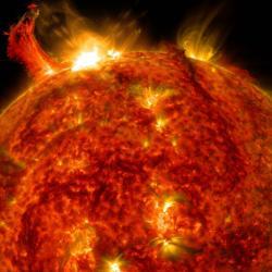 Střezte se sluneční bouře. Kredit: NASA/SDO.