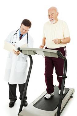 Záťažový test na zistenie koronárnej choroby srdca v americkej verzii pripomína cvičenie v posilovni, pri tomto cvičení sa však sleduje a priebežne vyhodnocuje elektrokardiogram pacienta. U nás sa používa cvičenie na stacionárnom bicykli.