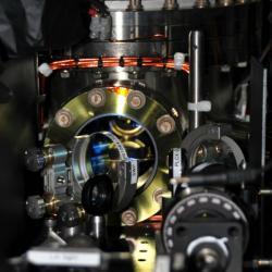 Zařízení použité kvýrobě suprapevné hmoty. Kredit: MIT