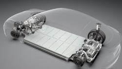 Musk ve svých skladovacích energetických zařízeních pro domácnost vychází z osvědčených autobaterií. Nemá je patentované, takže konkurenci přijít na trh s podobným řešením, kromě nedostatkového lithia, nic nebrání.