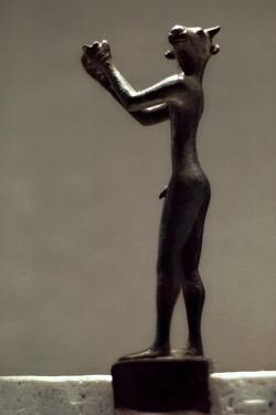 Snad nejstarší zpodobnění Mínótaura, pozdní 8. století před n. l. Kredit: Wikimedia Commons.