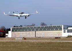 Autonomní systém jde na první zcela autonomní přistání. Kredit: TUM.