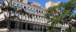 Většina autorů studie pracuje zde, na University of Guelph.