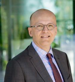 Antti Vasara, generální ředitel VTT, 2368 odborných a vdědeckých pracovníků, čistý roční obrat 180 milionů EUR.