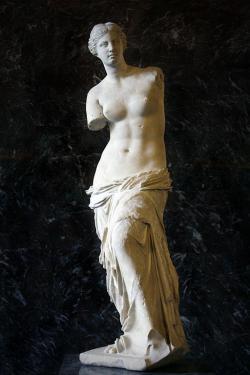Afrodíté z Mélu (Milosu), alias Venus de Milo. Kredit: Wikimedia Commons.