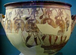 Vojáci jdou do války. Mykény, 12. století před n. l. Národní archeologické muzeum v Athénách, 1246. Kredit: Sharon Mollerus, Wikimedia Commons. Licence CC 2.0.