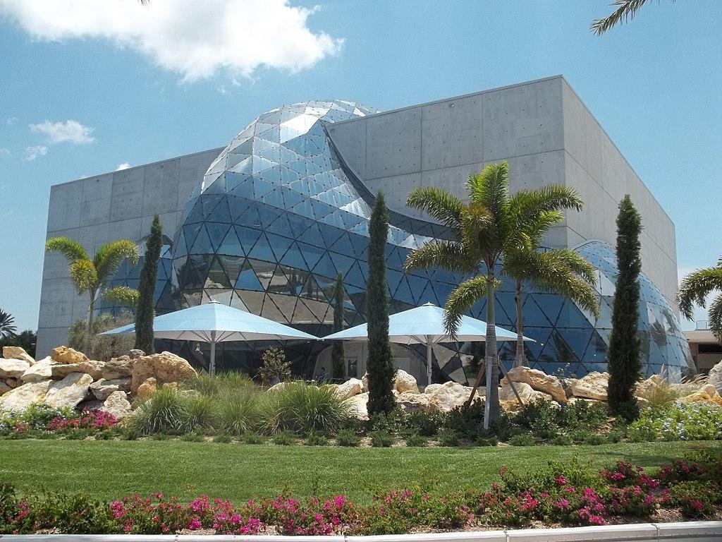 Salvador Dali Museum. Kredit: Ebyabe / Wikimedia Commons.