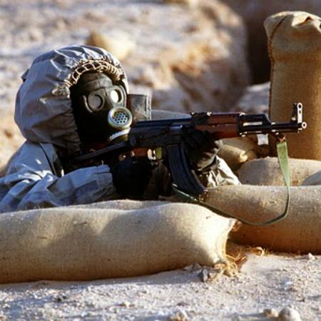 Syrští vojáci počítají schemickými útoky zté či oné strany. Kredit: My76Strat / Wikimedia Commons.