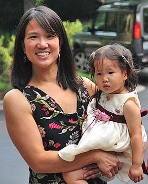 Právnička Mae Wu. Její právní kroky s informováním veřejnosti na škodlivost všudypřítomného využití látek, jakým je triklosan a podporujících vznik škodlivých bakterií, poškozujích prospěšné střevní bakterie, zhoršujích